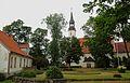 Burtnieku luterāņu baznīca 06.2015.jpg