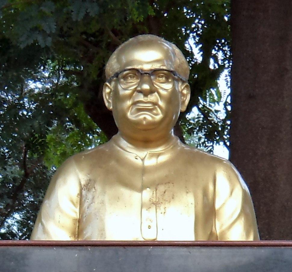 Bust of SV Ranga Rao at Vijayawada