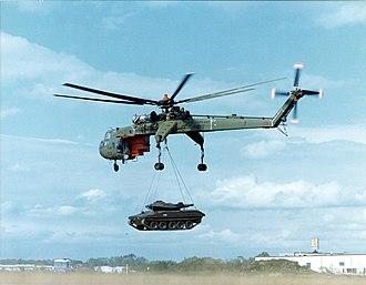 Sikorsky CH-54 Tarhe - CH-54B carrying an M551 Sheridan tank, Redstone Arsenal, Alabama
