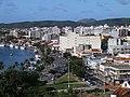 Cabo Frio RJ Brasil - Av. dos Pescadores, vista do Morro da Guia - panoramio.jpg