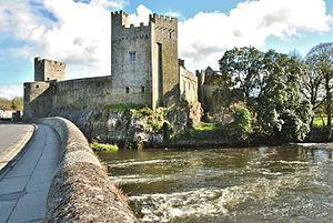 Cahir Castle - Image: Cahir Castle, Tipperary County, Ireland (6961416840) (2)