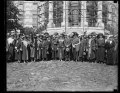 Calvin Coolidge and group outside White House (with scaffolding), Washington, D.C. LCCN2016893417.tif