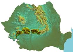 Carte de Roumanie avec les Alpes de Transylvanie (en foncé) dans les Carpates.