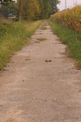 Via Regina - A stretch of the Via Regina that has not been modernized