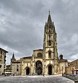 Catedral de Oviedo (35718849496).jpg
