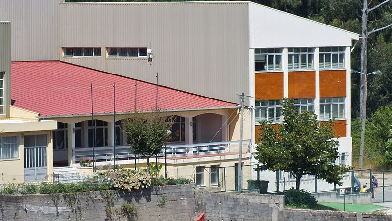 File:Centro Social de Argoncilhe.JPG