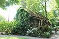 Chapelle Parc Roseraie Haÿ Roses 3.jpg