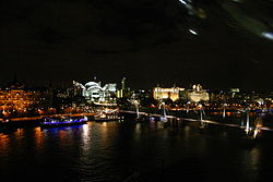 Charing Cross and Hungerford Bridge (95732993).jpg