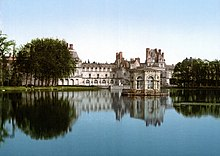 ChateauFontainebleau01.jpg