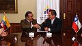 Chile entrega el depósito de Ratificación al Tratado de Unasur (5199078311).jpg