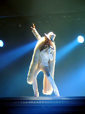 170px-Christina_Aguilera_-_Back_to_Basics_Tour_-_Ain%27t_No_Other_Man