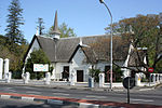 The original part of the church building dates from 1877. The church itself is closely associated with the history of the southern suburbs of Cape Town Type of site: Church Current use: Church : Congregational.