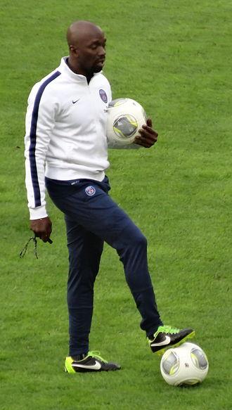 Claude Makélélé - Makélélé in 2013, in his coaching role at Paris Saint-Germain