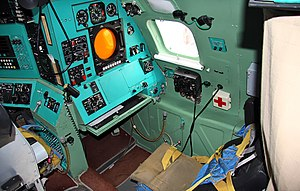 Cockpit of Tupolev Tu-95MS (8).jpg
