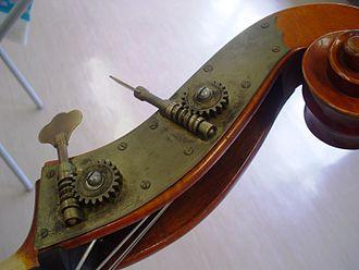 Machine head - Machine heads on a double bass