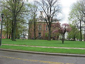 Coshocton, Ohio - Public square with the courthouse