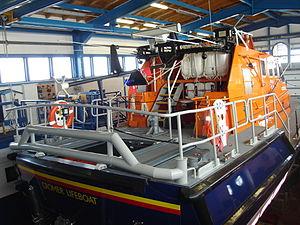 RNLB Lester (ON 1287) - Image: Cromer Pier Lifeboat Station 2