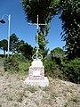 Daours, calvaire, route de Pont-Noyelles 1.jpg