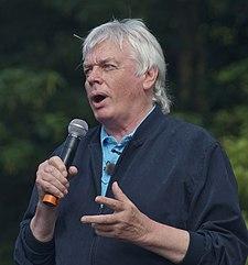 David Icke in 2013.jpg