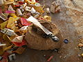 Device to cut collected plastic materials - Moyen utilisé pour couper les matières plastiques collectées (3267348154).jpg