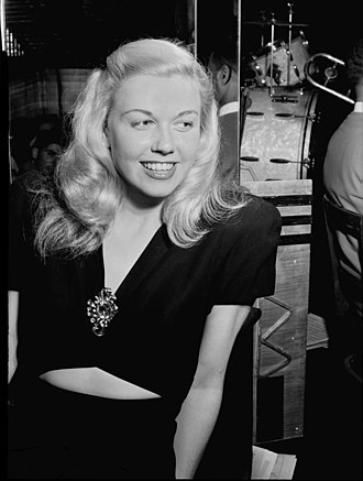 Doris Day - At the Aquarium Jazz Club, New York (1946)
