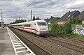 Duisburg Rahm ICE2 402 006-402 020 als trein 848 Berlin - Köln (28230835324).jpg