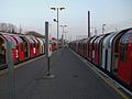 Ealing Broadway stn Central line look east.JPG