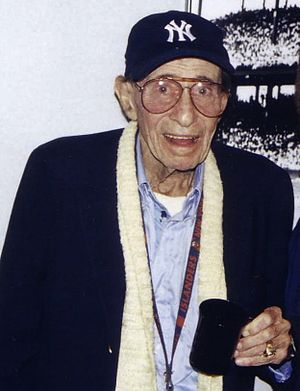Eddie Layton - Layton at his retirement party in 2003