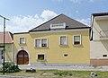 Ehemaliges Weinhauerhaus 6148 in A-7092 Winden am See.jpg