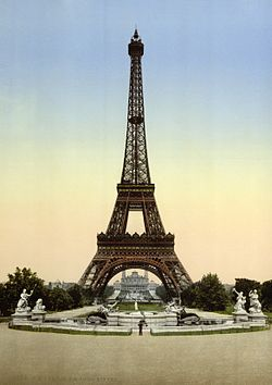 Eiffel Tower, full-view looking toward the Trocadero, Exposition Universal, 1900, Paris, France.jpg