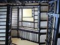 El palacio de correos, escalera de marmol y acero - panoramio.jpg
