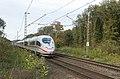 Elten Haagsche Strasse ICE3 4653 Frankfurt ruitensproeier (10594189726).jpg