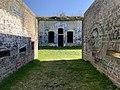 Entrée du fort de Sermenaz (février 2021).jpg