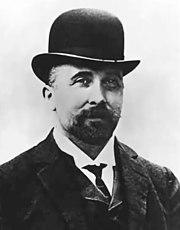 Felix Hoffmann, o primeiro a sintetizar o ácido acetilsalicílico (AAS) de forma que fosse viável sua utilização como fármaco.