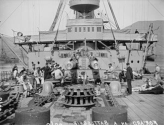 Canopus-class battleship - Crew on the forward deck of a Canopus-class battleship, c. 1905