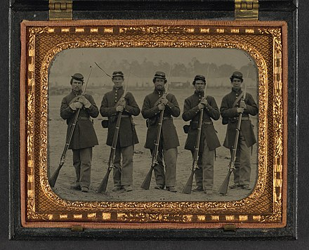 Muzzle-loaders dominated the battlefields of the Civil War, being used by both sides in hundreds of thousands. Note the bayonets attached to the guns, they were a very important force multiplier during the war
