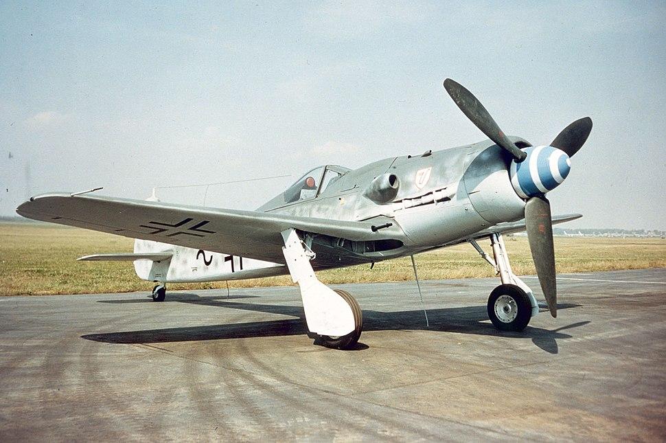 Focke-Wulf Fw 190D-9 outside USAF