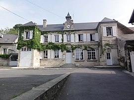 The town hall of Fontenoy