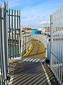 Footbridge over Lock - geograph.org.uk - 750243.jpg