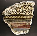 Fragment d'estuc procedent de la Vila Joiosa, s. III-IV, Museu Arqueològic d'Alacant.JPG