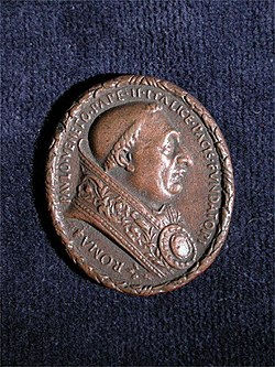 Front of bronze medal of Pope Paul II by Cristoforo di Geremia.jpg