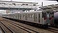 Fukushima Kotsu 1000 series sets 1111 1103 Hachioji Station 20171128.jpg