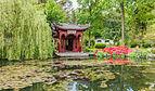 Gebouw voorstellende een boot in de Chinese tuin Het Verborgen Rijk van Ming in de Hortus Haren 01.jpg
