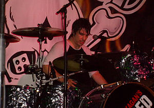 Loaded (band) - Drummer Geoff Reading reformed Loaded with McKagan in 2001.