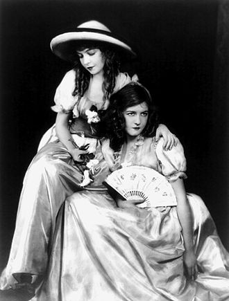 Dorothy Gish - Dorothy (right, with fan) with her sister Lillian.