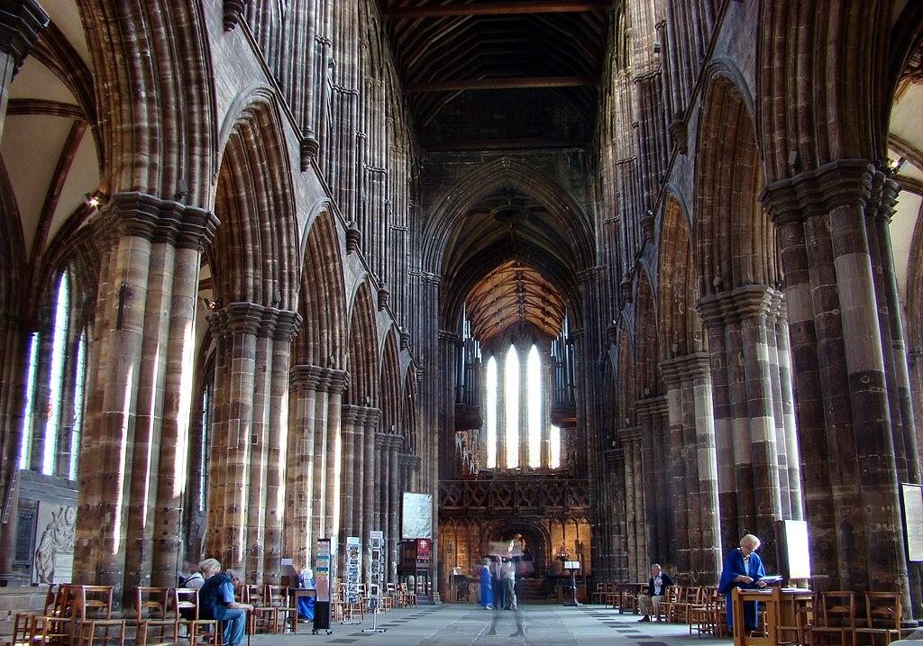 Intérieur de la cathédrâle St Mungo à Glasgow - Photo de Hajotthu