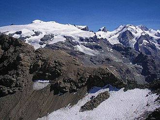 Gobba di Rollin - Gobba di Rollin (left) and the Lyskamm group (right) from the south