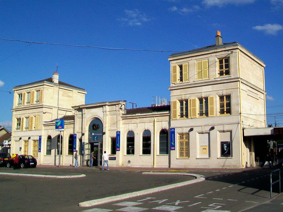 Gare de goussainville wikip dia for Garage de la gare pontault