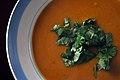 Græskarsuppe med chili og koriander (7996074948).jpg