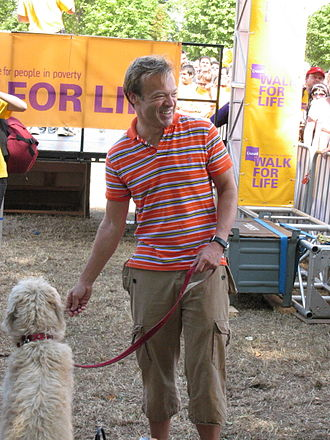 Graham Norton - Norton with his dog Bailey in 2006, supporting Crusaid
